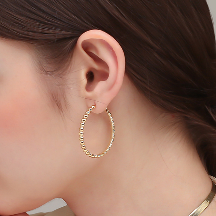 [전혜빈 착용] CABOCHON BALL HOOP EARRINGS